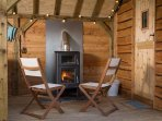 Relax in front of the cost fire come cooker - great for Pizza's and BBQ's