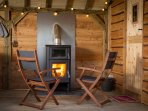 Cosy wood burner come cooker - amazing pizzas and bbq's