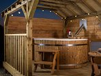spend a relaxing evening watching the start from the wood fired hot tub