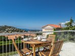 With its south facing aspect the villa enjoys panoramic views of Cap Ferrat, Mont Baron and Nice.