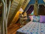 Chalet 3, Indigo Bedroom: 3rd level bedroom Full-size bed
