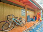 Take advantage of the provided adult bikes, snorkel gear, boogie boards and fins at the property.