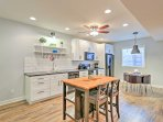 You'll have no trouble crafting gourmet creations in this kitchen.