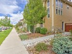 This charming apartment is located in the Stapelton neighborhood.