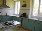 Kitchen with sea view, fully equipped, simple and practical