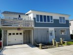 Long Beach, NY Newly Renovated Open, Airy, Sunlit Beach House, Steps from Beach