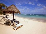 Luna Azul beach