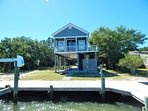 Adorable Vacation Cottage with fisherman's dream boat dock!