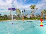 community pool splash pad