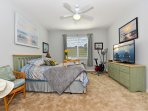 Beach Master Suite w/queen bed and sitting area