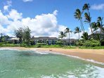 Lae Nani's location on beautiful Papaloa Beach