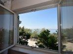 A2(4+2): window view