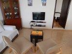 A1 donji(3+2): living room