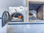 Stone barbecue and wood-fired pizza oven