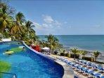 Spacious Balong with Stunning Ocean View Condo.