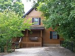 Feel close to nature in this beautiful chalet in the heart of Pigeon Forge.