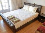 Main bedroom Queen size bed 160x200