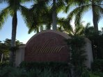 Spacious Coach Home in Ft. Myers- close to beach & Sanibel Island