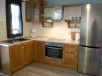 Fridge, oven, stove top, plus many other appliances