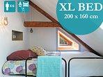 LITERIE DE QUALITE  ET TAILLE XL  les lits font tous 200cm de longueur ici qqs barreaux à monter