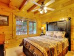 All bedrooms are beautifully designer decorated, ceiling fan, flat screen HDTV