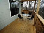 Entry Level Deck with Dining Table & Chairs
