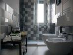 Bagno  Biancheria da bagno inclusa