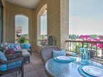 Columbia Penthouse w/ Furnished Veranda&City Views