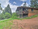 NEW! 4BR Cabin w/Deck Near Hiking in the Pendaries Mtns