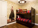 'Harry Potter' room with bunk bed