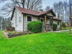 Escape to this custom-built 3-bedroom, 1-bathroom vacation rental cottage in Jamestown!