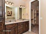 Master Bathroom Vanity & Sinks