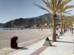 Looking towards Sierra Gelada on Albir seafront, only 50m from Apartamento Solar.