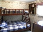 3rd bedroom w bunkbed