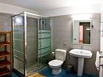 Bathroom of the suite in house 'Poniente'