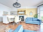 Lounge with private Terrace & panoramic seaviews over Lynmouth Bay
