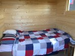 Bed 110 cm next to the sauna room. Bed no 3. Lovely sea view. New building.