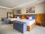 Bedroom 3 Twin Queen beds