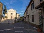 La chiesetta nel Borgo Regina Margherita.