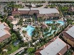 Stunning resort with all resort amenities close to the famous 5th Avenue Naples and beaches