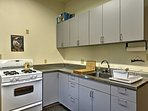 Prepare tasty meals in the downstairs fully equipped kitchen.