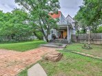 The property is attached to 1 of 4 carriage houses left  in Waxahachie.