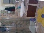 bagno con doccia piano superiore