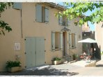 Les Maisons en Provence in village of Sablet, 3 Bedroom Vacation House
