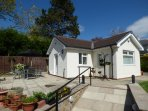 THE BUNGALOW, pet-friendly, patio, garden, ideal for two friends, in Burnley, Re