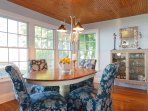 dining room overlooking the lake
