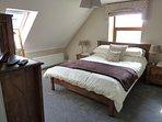 Master Kingsize Lounge Bedroom