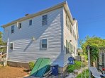 The townhome is in the ideal location for a historic vacation!
