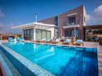 The 610 m2 terrace features a private pool, heated jacuzzi and BBQ facilities!