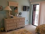 BR#2: dresser/mirror, 2 twin or ASK for1 king bed opt. + large double closet/linens!